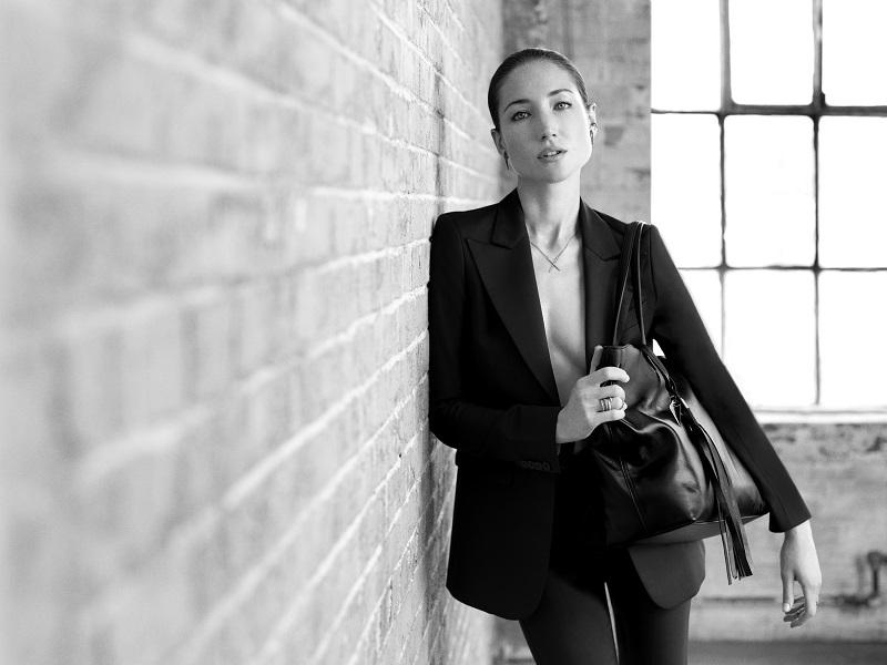 TUMI collabore avec la designer EVA FEHREN
