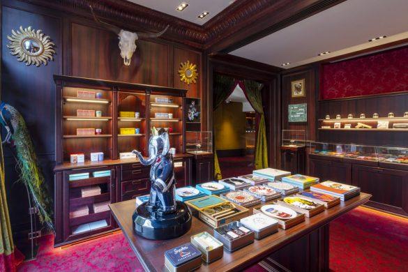 Legacy store au cœur de l'Hôtel Barrière Le Fouquet's Paris