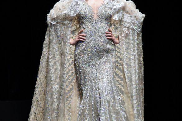 Une robe de mariée étincelantes