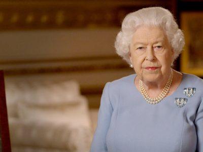 La Reine Elisabeth II en Boucheron