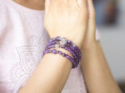 Karma Yoga Shop,  bijoux spirituels pour le bien-être d'une maman