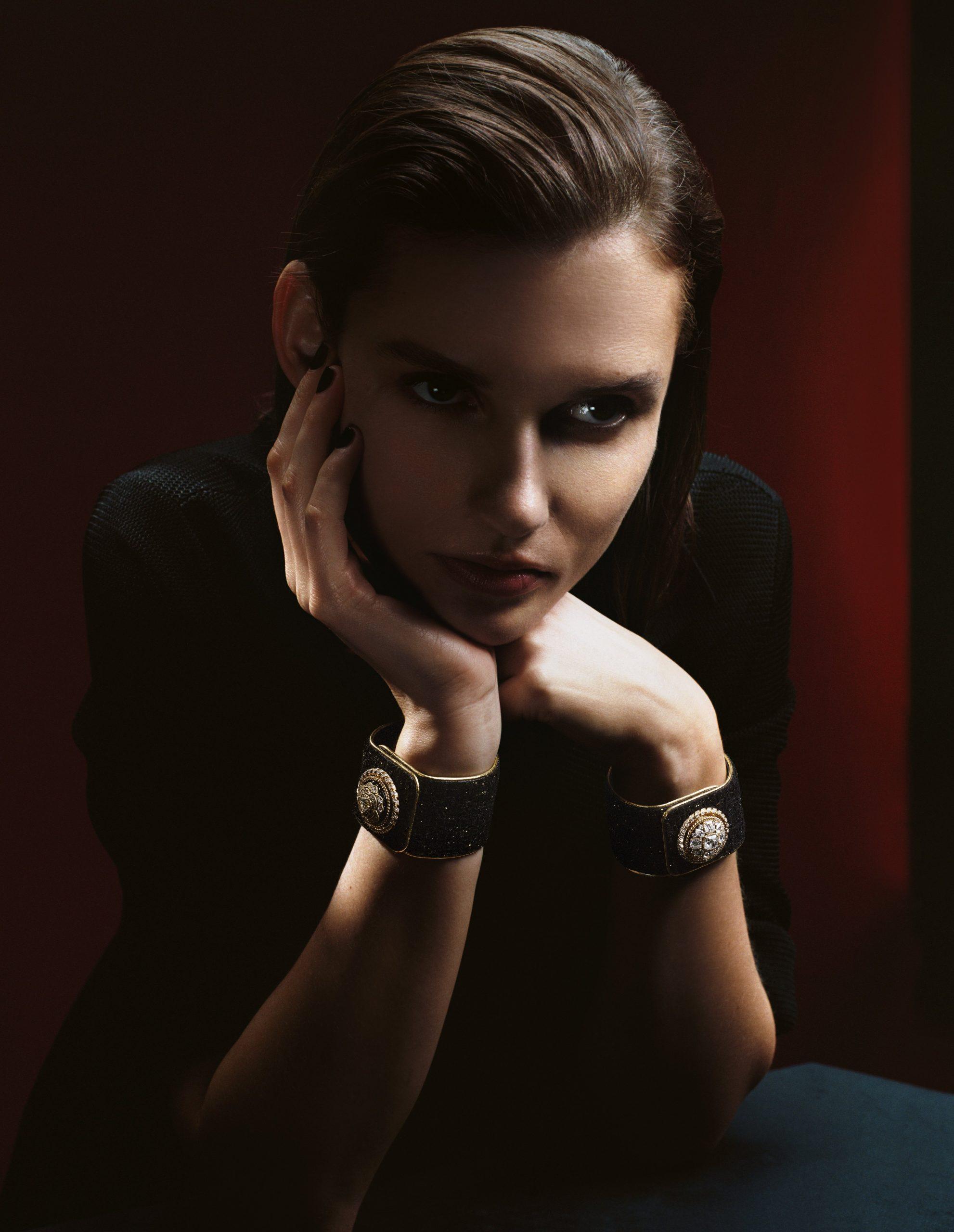 Le bouton de la collection Chanel Mademoiselle privé