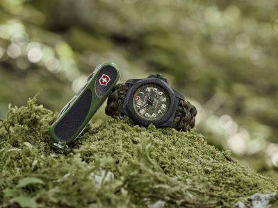 Victorinox I.N.O.X. Carbon LE, la montre caméléon