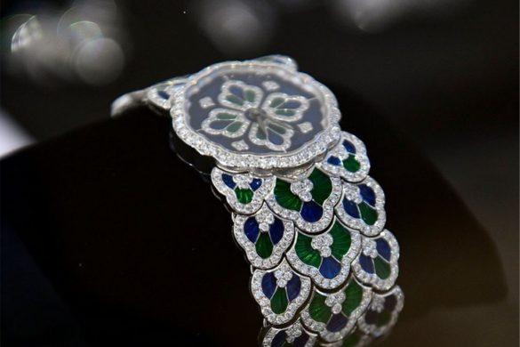 Bluebell, la montre bijoux en dentelle de Buccellati