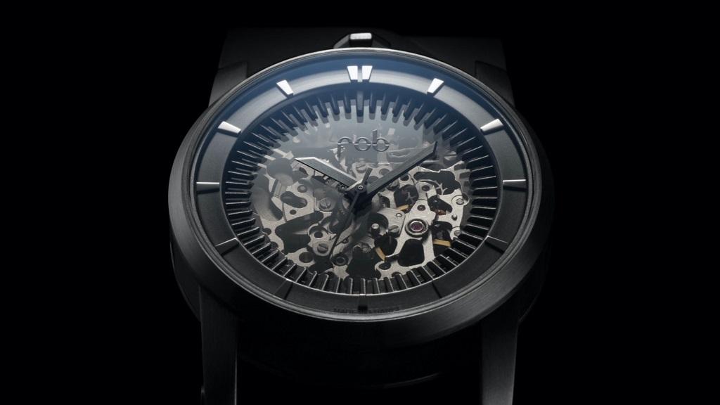 FOB PARIS vous offre un bracelet silicone avec votre montre R413